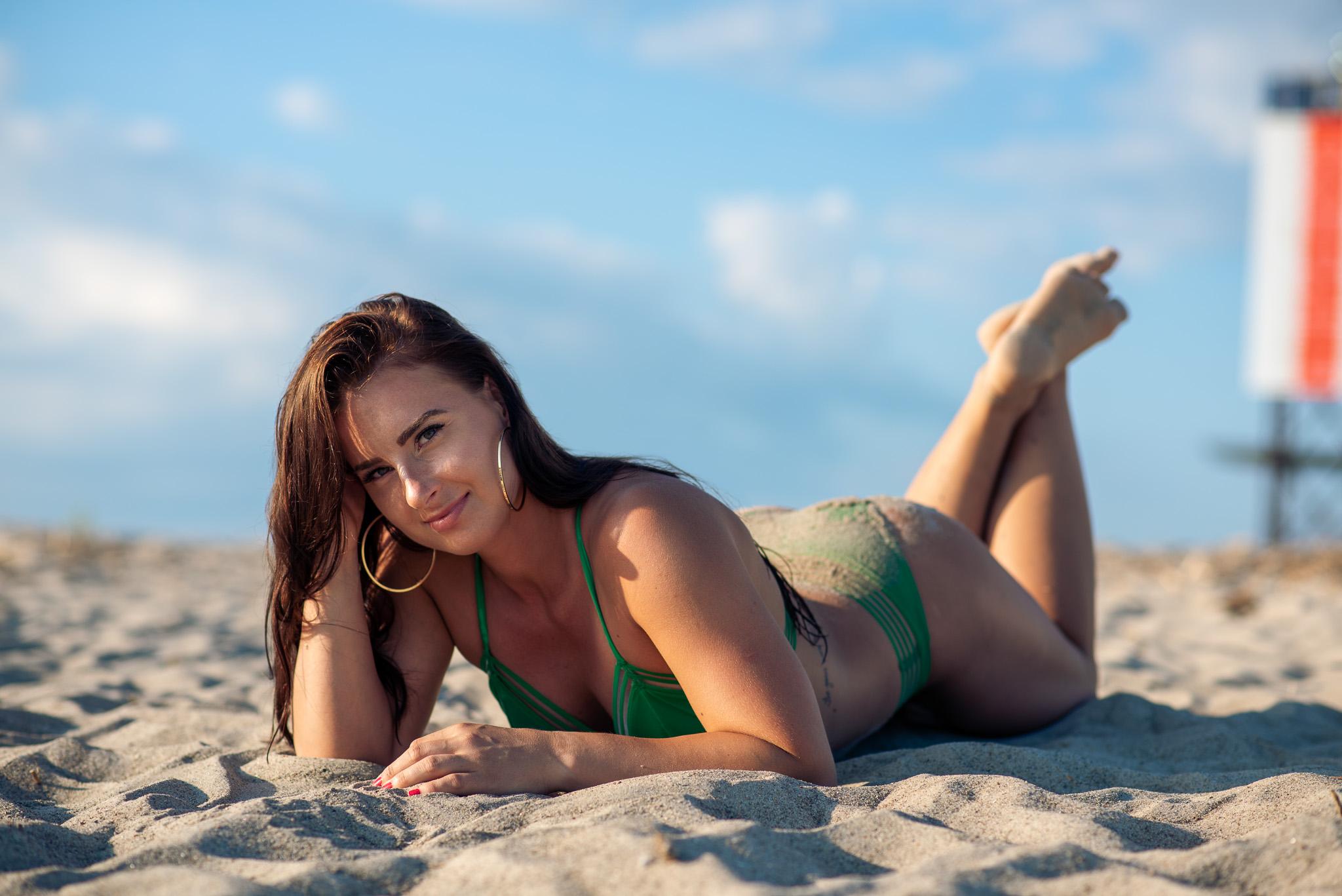Pärnu, meri ja kuumad tüdrukud